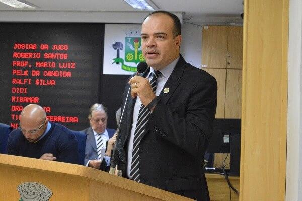 Ricardo Silva pede reforço na ronda policial da Vila Ayrosa em Osasco