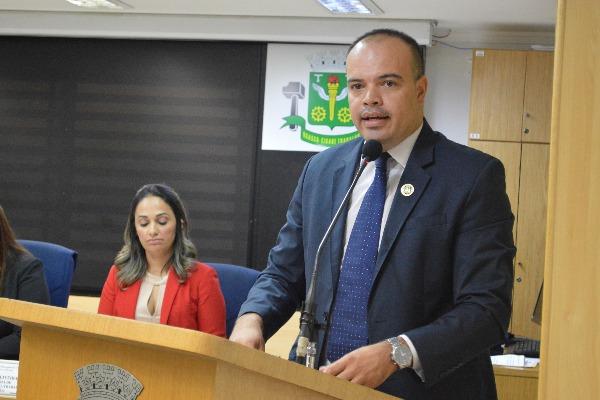 Vereador Ricardo Silva solicita reforma de praça em Osasco (SP)