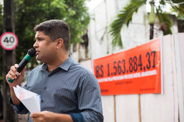 Rinaldo Junior denuncia Prefeitura do Recife por alugueis de imóveis abandonados