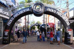 Roberto Alves leva Frente Parlamentar Itinerante para Barretos