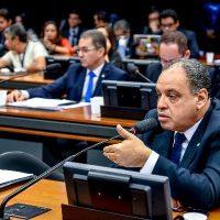 Projeto propõe anistia de dívidas eleitorais para assegurar o direito ao voto