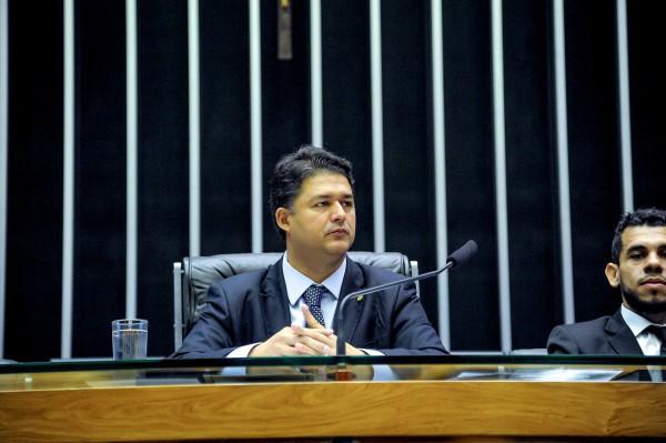 Roberto Sales defende divulgação sobre criminalidade em aplicativos de trânsito