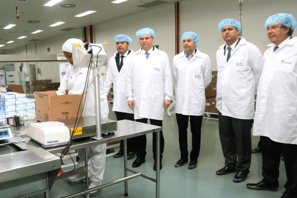 Roberto Sales participa de inauguração de fábrica de medicamentos biológicos no DF
