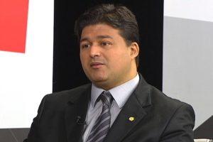 Sales quer padronização de placas pelo Mercosul para veículos registrados a partir de 2016