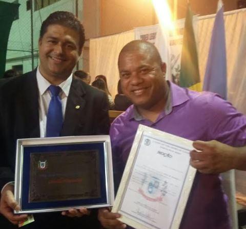 Roberto Sales é agraciado com o Título Cidadão Tanguaense
