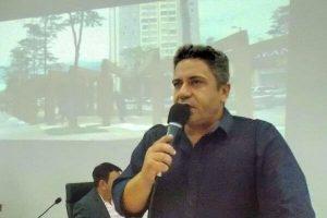 Robson Magela solicita providências para obras de duplicação de avenida em Araxá