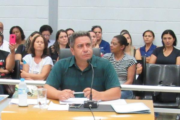 Projeto de Robson Magela propõe reajuste salarial dos servidores de Araxá (MG)