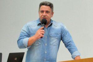 Robson Magela alerta servidores da Prefeitura de Araxá para que lutem por direitos