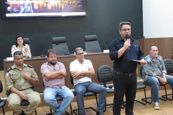 Fórum comunitário debate situação de taxistas em Araxá