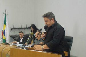 Projeto autoriza prefeitura a cobrar por limpeza de terrenos particulares em Araxá