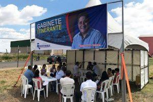 Vereador Robson Magela inaugura Gabinete Itinerante em Araxá (MG)