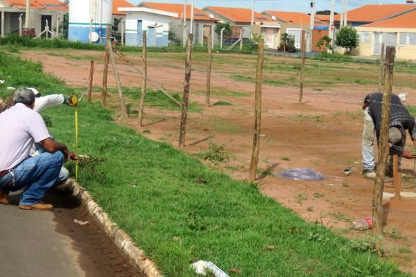 Rodrigo do Adalberto anuncia construção de quadra poliesportiva em Buritama