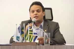 Vereador Rogemberg Barbosa é reeleito presidente da Câmara de Águas Lindas de Goiás