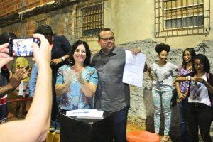 Rogéria Santos garante melhorias na infraestrutura de bairro em Salvador