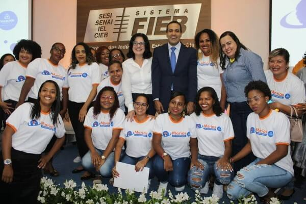 'Marias na Construção' certifica mulheres na construção civil em Salvador