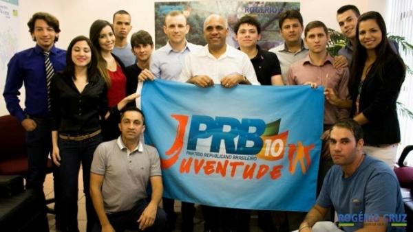 Vereador Rogério Cruz se reúne com lideranças do PRB Juventude