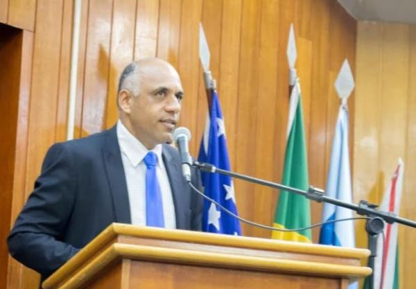 Rogério Cruz quer mais transparência nos gastos de obras públicas em Goiânia