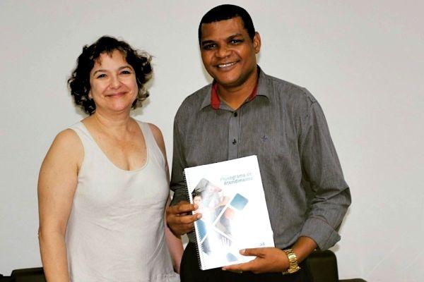 Rogério Santos visita Secretária de Desenvolvimento Social de Palmas
