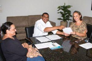 Rogério Santos pede ampliação da castração de cães e gatos em Palmas
