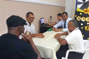 Rogério Santos propõe campanha em defesa dos idosos