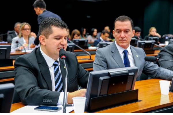 Aprovado projeto de Ronaldo Martins que estabelece parcelamento do DPVAT