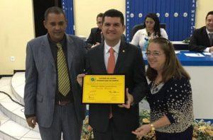 Ronaldo Martins é homenageado em Guaraciaba do Norte