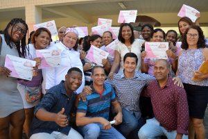 Rosangela Gomes prestigia conclusão de curso de qualificação em Nova Iguaçu (RJ)