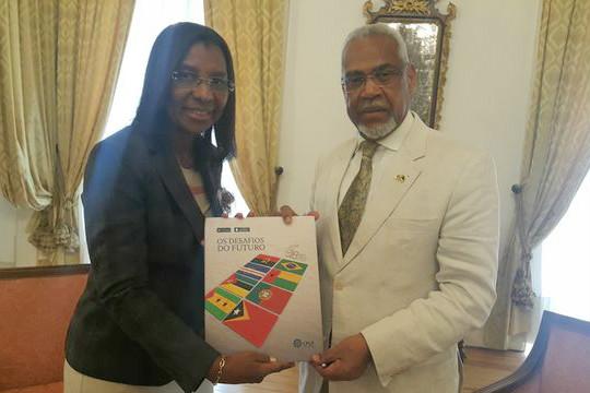 Rosangela Gomes representa a Câmara em Portugal e Angola