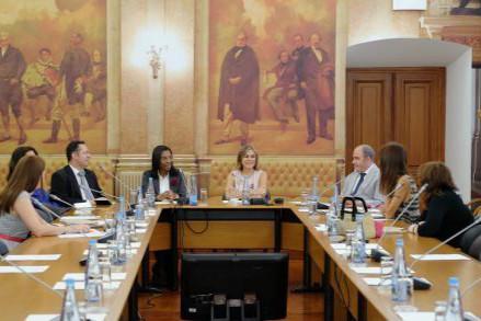 rosangela-gomes-prb-visita-portugal-e-angola-foto2-agencia-camara-noticias-19-07-16