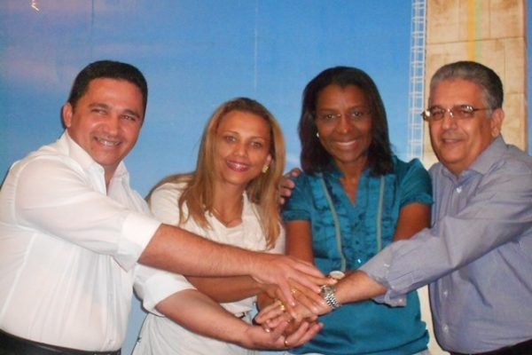 rosangela-gomes-presidente-do-prb-mulher-visita-o-amapa-em-busca-de-qualidade-de-vida-para-as-mulheres -03-05-2012-01