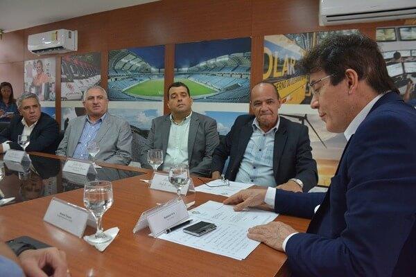 Prefeito busca parceria do governo estadual para reforço da segurança em Parnamirim