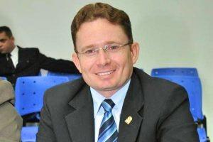Sales Júnior destaca atuação da Câmara no desenvolvimento de Patos