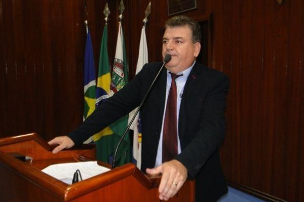 Vereador Salvador Pizzolio pede reestruturação do trânsito de Juara