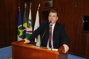 Projeto do vereador Salvador Pizzolio incentiva a prática esportiva em Juara (MT)
