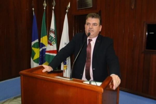 Pizzolio sugere que Prefeitura de Juara doe terrenos para famílias carentes