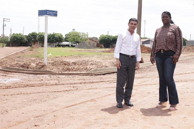 sebastiao-santos-prb-visita-obras-de-pavimentacao-asfaltica-em-ubarana-foto-ascom-06-11-15