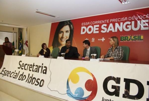 secretaria-do-idoso-df-prb- promove-palestra-contra-o cancer-de-prostata-30-05-12-01