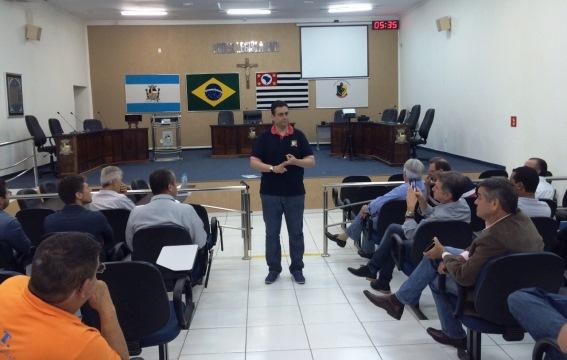 Fontellas realiza reunião com presidentes de Executivas em Piratininga