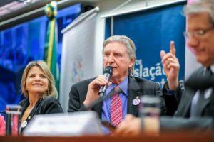 Sérgio Reis é nomeado embaixador da Frente Parlamentar de Luta Contra o Câncer