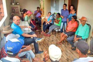 Moradores da zona rural recebem visita do Gabinete Itinerante de Sidney Oliveira