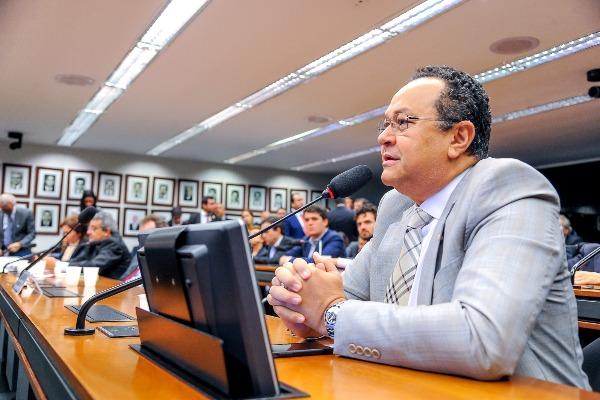 Aprovado requerimento de Silas Câmara para discutir Mineração em subcomissão