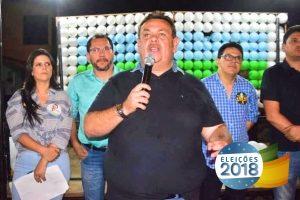 Silas Freire mobiliza multidão em Floriano e firma compromisso com o Piauí