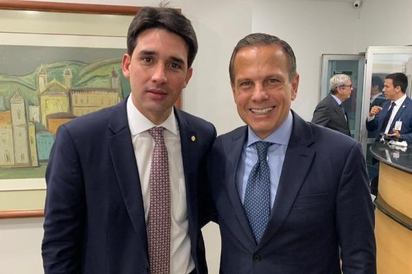 Silvio Costa Filho e João Doria discutem novo pacto federativo