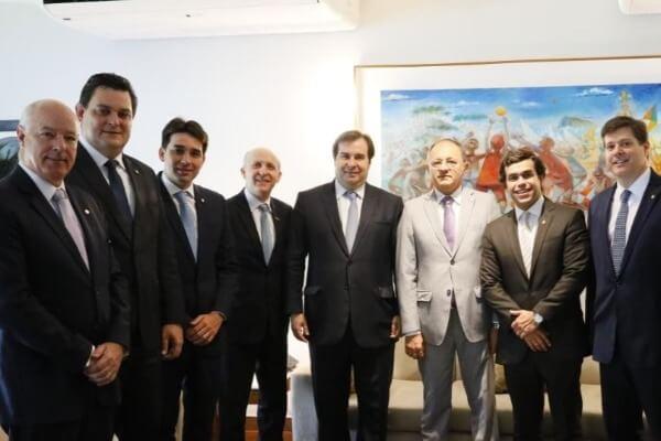 Silvio Costa Filho quer instalar comissão para discutir Pacto Federativo