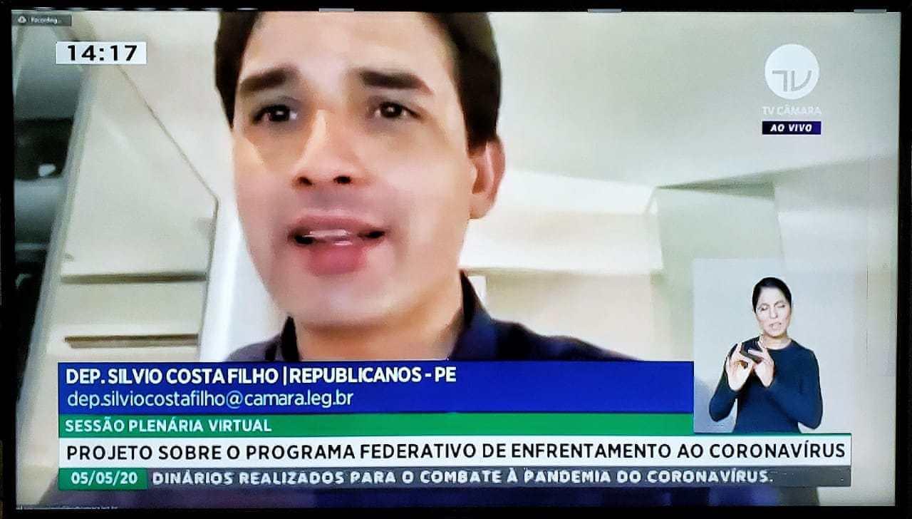 João Campos defende auxílio financeiro da União para estados e municípios