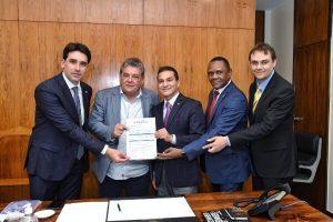 Republicanos recebe filiação do ex-deputado Silvio Costa