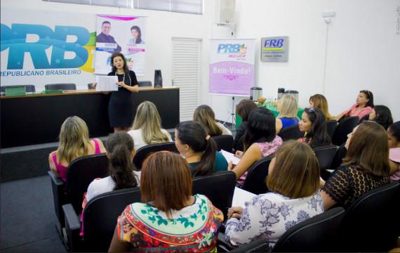 Thabata Yamauchi reúne coordenadoras municipais do PRB Mulher SP e estabelece diretrizes para 2016