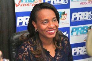 Tia Eron parabeniza o município de Jequiriçá pelo aniversário de emancipação política