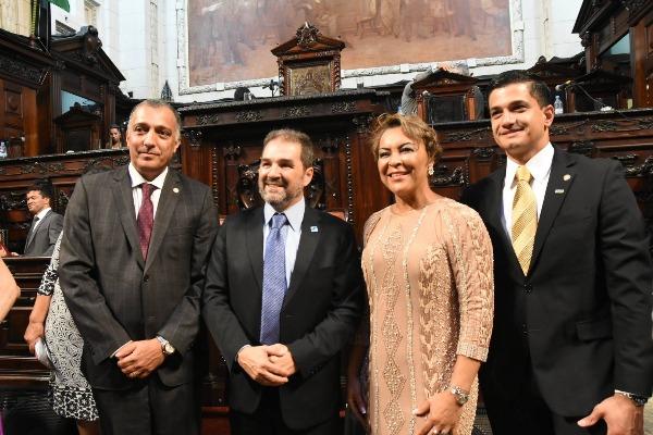 Deputados Carlos Macedo, Danniel Librelon e Tia Ju tomam posse no Rio de Janeiro