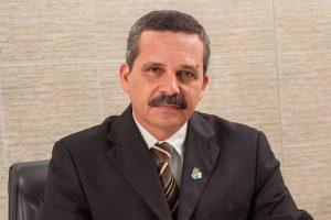 Tribunal aprova contas do prefeito Claudevane
